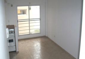 M. Bermúdez 4600, Caseros, Buenos Aires, Argentina, 1 Dormitorio Habitaciones, 2 Habitaciones Habitaciones,1 BañoBathrooms,Departamento,Venta,M. Bermúdez,1084