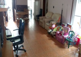 avenida la plata 4000,Santos Lugares,Buenos Aires,Argentina,3 Bedrooms Bedrooms,4 Rooms Rooms,2 BathroomsBathrooms,PH,avenida la plata ,1250