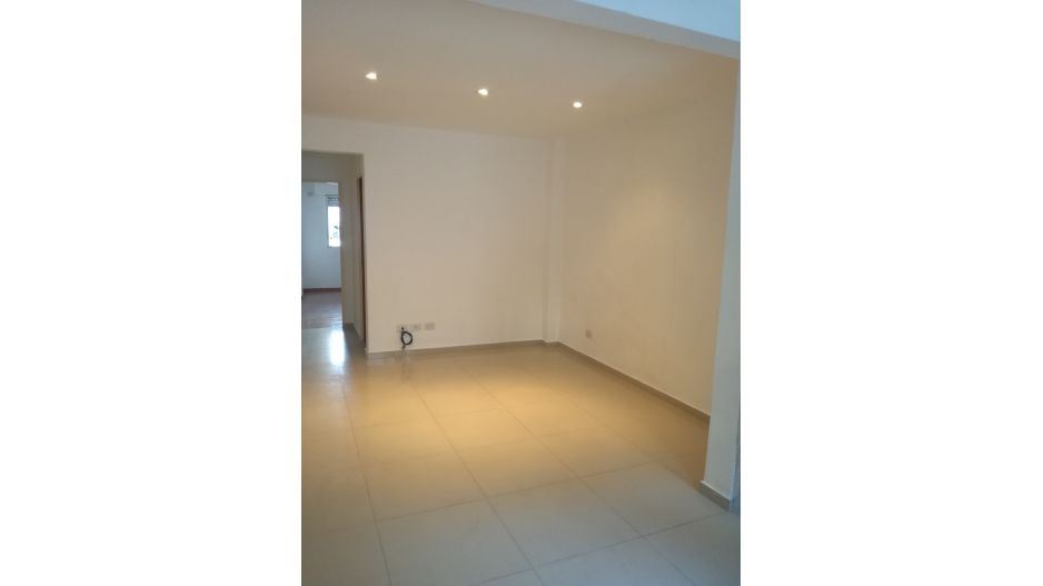 Santos Lugares, Buenos Aires, Argentina, 1 Dormitorio Bedrooms, 2 Rooms Rooms,1 BañoBathrooms,PH,Venta,1268