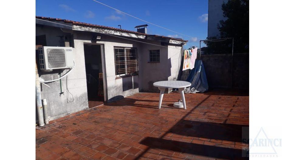 Beazley 800, Buenos Aires, Argentina, 2 Habitaciones Habitaciones, ,1 BañoBathrooms,PH,Venta,Beazley,1475